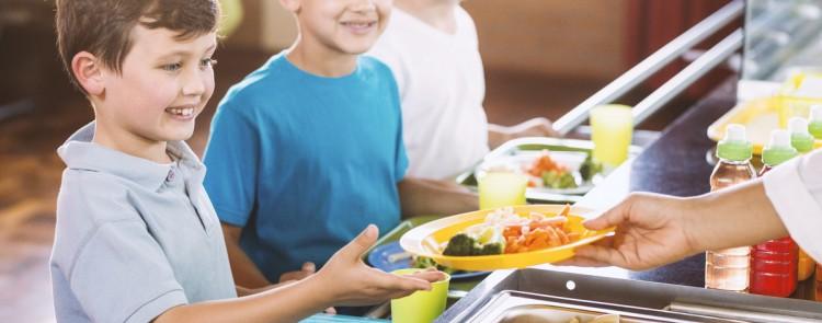 Essensgeld von 3,04 Euro für Mittagessen in Kindertagesstätte sind zu viel