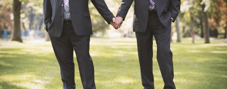 Lebenspartnerschaft: Kein Anspruch auf Ehenamen