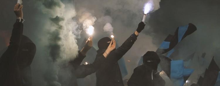 Feuerwerk im Stadion: Fußballfan muss Schadensersatz zahlen