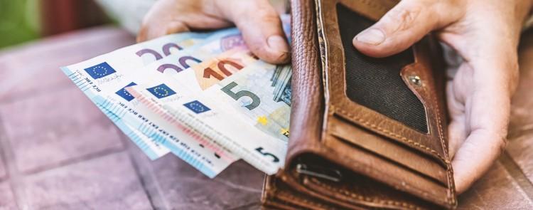 Rentenansprüche aus früherer Tentätigkeit dürfen auf Beamtenversorgung angerechnet werden