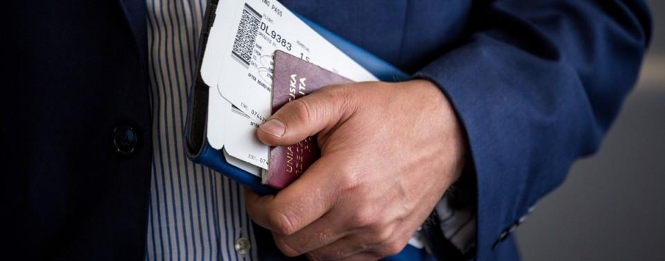 Reiseversicherung: Kein Ersatz bei Raub der Reiseunterlagen