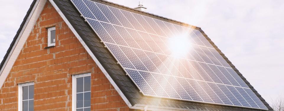 Solardächer dürfen Nachbarn nicht blenden