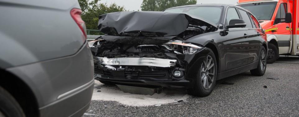 Auffahrunfall: Keine Haftung trotz schnellen Fahrens