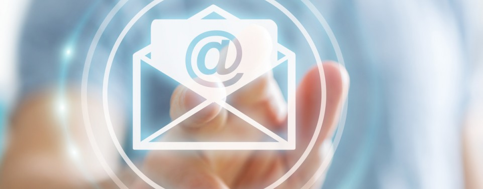 Google muss für Kunden-Kommunikation aktive E-Mail-Adresse angeben
