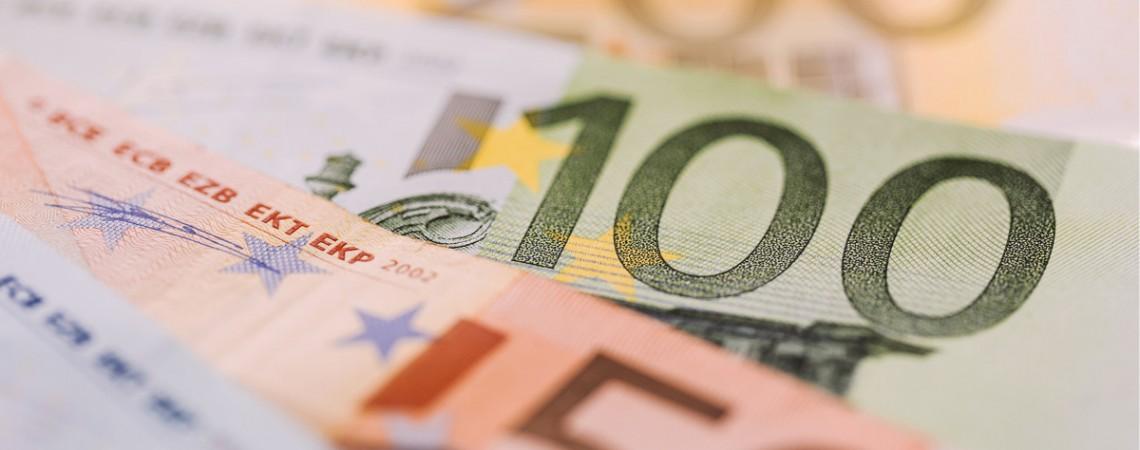 Beamtenbesoldung: Keine kindbezogenen Leistungen bei amtsunabhängigen Mindestruhegehaltsbezügen