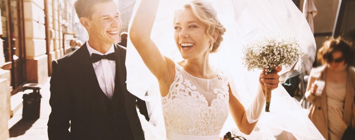 Brautkleid Reinigen   Brautkleid Nach Dem Reinigen Verfarbt Kundin Steht Schadensersatz