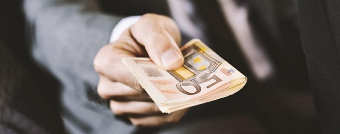 Verspätete Lohnzahlung Was Arbeitgeber Arbeitnehmer Wissen Müssen