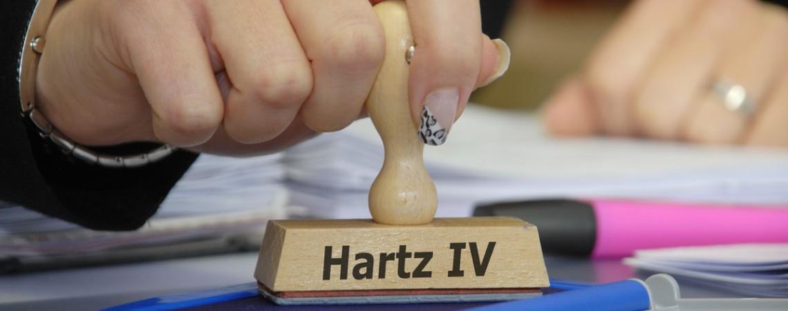 Hartz IV: Private Unterhaltsverpflichtung des Empfängers darf nicht zulasten der Allgemeinheit gehen