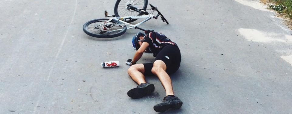 Gibt es Schadensersatz für einen Sturz auf einem schadhaften Radweg?